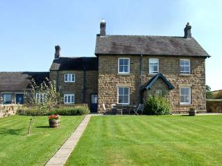 MANIFOLD FARMHOUSE, pet friendly, character holiday cottage, with a garden in Shottle, Ref 9205 - Bolsover vacation rentals
