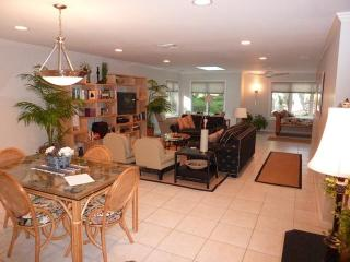34,SEAPINES,golf disc,Updated, Bikes, Pet OK, WiFi,34 - South Carolina Island Area vacation rentals