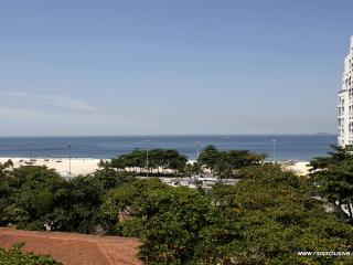 Rio050 - Apartment in Copacabana with ocean view - Copacabana vacation rentals