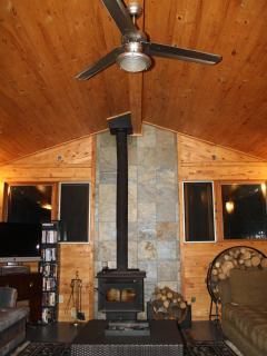 Beautiful Emma Lake Cabin Rental... Sleeps 12 - Christopher Lake vacation rentals