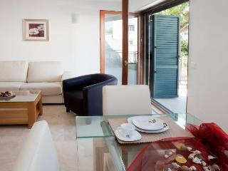 Villa Salena 2 Bed - Split vacation rentals