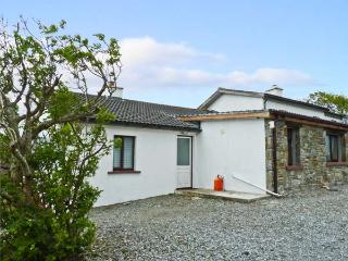 WHITETHORN COTTAGE, pet friendly, with a garden in Tully, County Galway, Ref 9909 - Claddaghduff vacation rentals