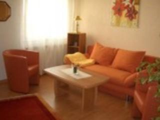 Vacation Apartment in Hürth - satellite TV, internet, parking space (# 1609) - Frechen vacation rentals