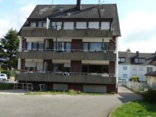 Luxury Vacation Apartment in Koblenz-Wallersheim (# 1772) ~ RA60209 - Koblenz vacation rentals