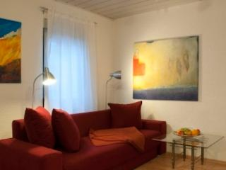 Vacation Apartment in Wiesbaden - comfortable, central (# 1812) - Wiesbaden vacation rentals