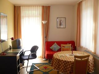 Vacation Apartment in Herrenberg - 387 sqft, nice, clean, central (# 1156) - Seewald vacation rentals