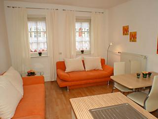 Vacation Apartment in Wetzlar - 431 sqft, centrally located, exceptionally beautiful, modern (# 4) - Hesse vacation rentals