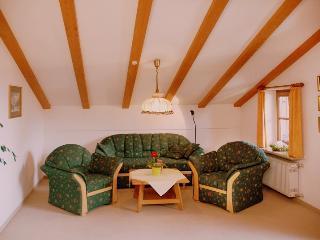Vacation Apartment in Ruhpolding - 912 sqft, quiet location, separate bedrooms, sauna/solarium (# 72) - Ruhpolding vacation rentals