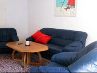 Vacation Apartment in Halle an der Saale - 969 sqft, spacious, comfortable (# 1947) - Leipzig vacation rentals