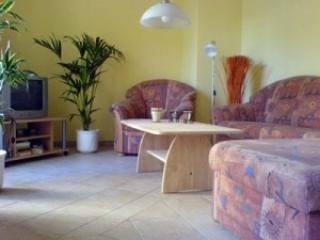 Vacation Apartment in Potsdam - 592 sqft, sunny terrace, lots of light (# 966) - Potsdam vacation rentals