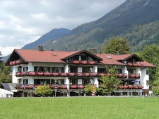 Vacation Apartment in Oberstdorf - 334 sqft, comfortable, centrally located, nice (# 1696) - Oberstdorf vacation rentals