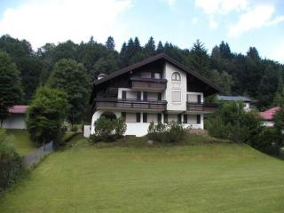 Vacation Apartment in Oberstdorf - 431 sqft, near hiking, comfortable, quiet (# 1820) - Bavaria vacation rentals