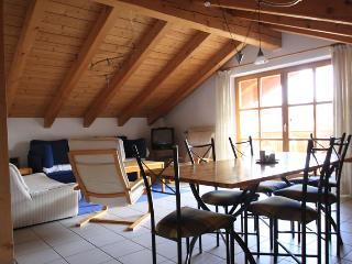 Vacation Apartment in Mittenwald - 775 sqft, great mountain views, recently renovated, balcony (# 889) - Bavaria vacation rentals