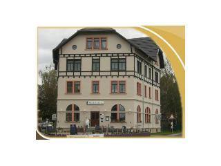 Vacation Apartment in Leipzig - 538 sqft, historic site, renovated and restored in 2006 (# 1632) - Frohburg vacation rentals