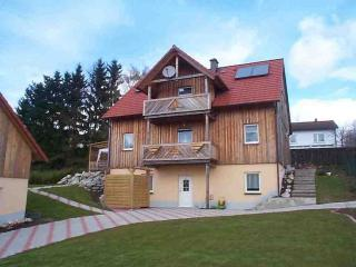 Vacation Apartment in Eschenbach in der Oberpfalz - 484 sqft, completely furnished, quiet location (#… - Bavaria vacation rentals