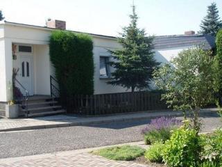 Vacation Apartment in Görlitz - 517 sqft, nice, clean, relaxing (# 1063) - Gorlitz vacation rentals
