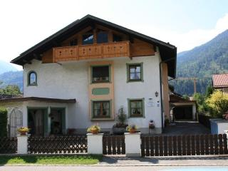 LLAG Luxury Vacation Apartment in Farchant - 807 sqft, relaxing, nice, spacious (# 327) - Schwangau vacation rentals