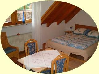 Vacation Apartment in Rothenburg ob der Tauber - cozy and comfortable (# 1652) - Gerabronn vacation rentals