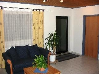 Vacation Apartment in Kindsbach - 484 sqft, nice, clean, modern (# 1351) - Kindsbach vacation rentals