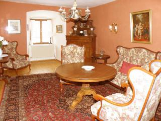 LLAG Luxury Vacation Apartment in Burgoberbach - luxurious, rustic, comfortable (# 320) - Burgoberbach vacation rentals
