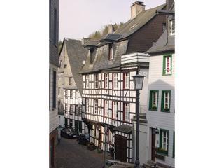 LLAG Luxury Holiday House in Monschau - 1722 sqft, spacious, beautiful location, central (# 1899) #1899 - LLAG Luxury Holiday House in Monschau - 1722 sqft, spacious, beautiful location, central (# 1899) - Monschau - rentals