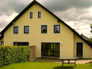 LLAG Luxury Vacation Home in Monschau - 1292 sqft, kid-friendly, pet-friendly, access to hiking and… - Nettersheim vacation rentals