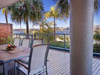 Smart, Stylish & Tranquil Apart, Water Views,BC - Sydney vacation rentals