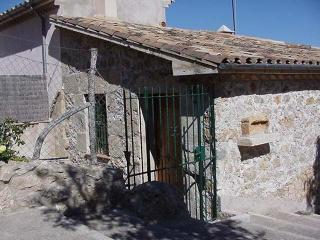 Charming townhouse in Pollenca, Mallorca, sleeps 4 - Pollenca vacation rentals