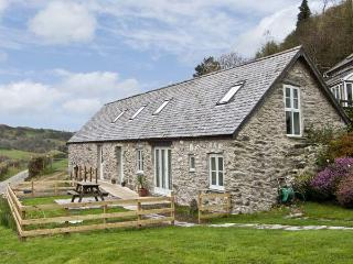 BRONNYDD, TYDDYN YSGUBOR, family friendly, character holiday cottage, with a garden in Bala, Ref 6753 - Bala vacation rentals