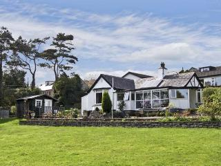 BWTHYN YR AFON, family friendly, with a garden in Benllech, Ref 5577 - Benllech vacation rentals
