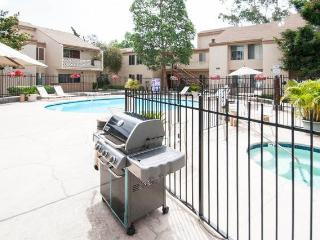 2 bedroom Condo Centrally Located in San Diego - Pacific Beach vacation rentals