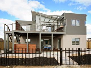 79 Sands Blvd, Torquay - Torquay vacation rentals