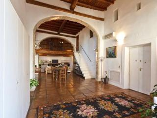 Historic Nobleman's Loft and Terrace in center - Rome vacation rentals