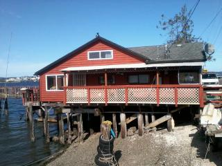 1 bedroom House with Deck in Port Orchard - Port Orchard vacation rentals