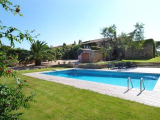 Gorgeous 17 Century country house with max comfort - Begur vacation rentals