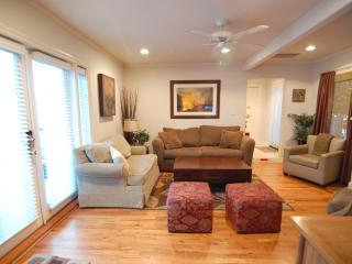 April Sale! Heart of Hollywood Home - sleeps 8 - Los Angeles vacation rentals