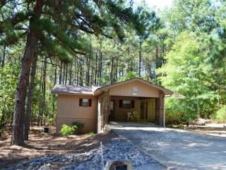 79MandDr | West Gate Area | Home | Sleeps 4 - Hot Springs Village vacation rentals