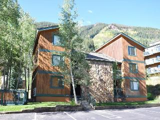 GREAT winter rates for this Convenient Condo in East Vail - Vail vacation rentals