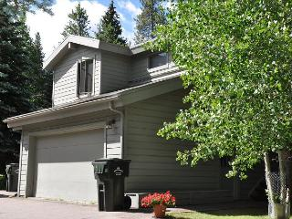 Lovely Creekside Home in East Vail - Vail vacation rentals