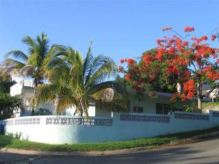 Bright and Airy Little House in Esperanza, Vieques - Isla de Vieques vacation rentals