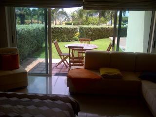 Beach Garden Studio Condo - E124-1 - Eagle Beach vacation rentals