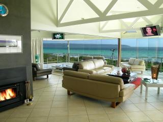 Kangaroo Island luxury - Island Beach Lodge - American River vacation rentals