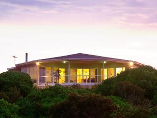 Kangaroo Island Luxury-Malibu Lodge - American River vacation rentals