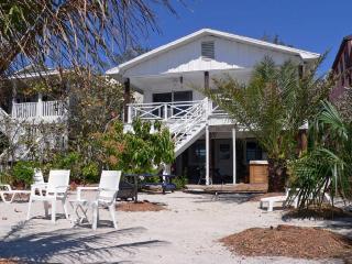 4 bedroom House with Deck in Treasure Island - Treasure Island vacation rentals