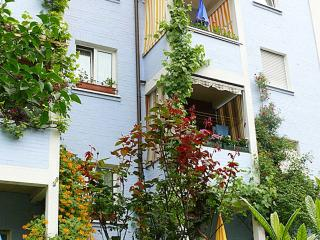 Vacation Apartment in Nuremberg - 807 sqft,  (# 292) - Nuremberg vacation rentals