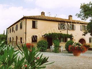 Casa Canarino F - Peccioli vacation rentals