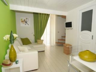 APPARTAMENTO VERDE - SORRENTO CENTRE - Sorrento - Sorrento vacation rentals