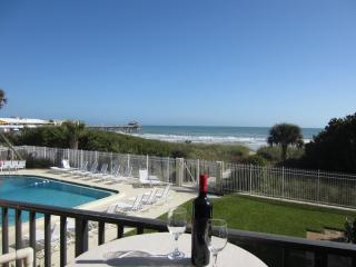 ** Bright DIRECT Ocean Corner Unit - Beside Pier * - Cocoa Beach vacation rentals