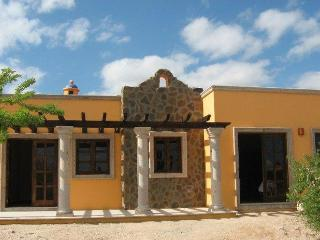 Enchanting casa with fiber optic internet - La Paz vacation rentals