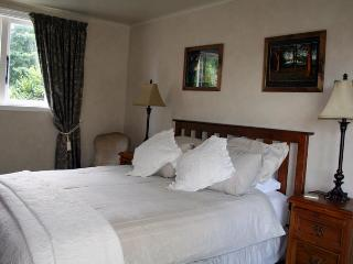 Lexington Park Cottages self cont. accommodation - New Zealand vacation rentals